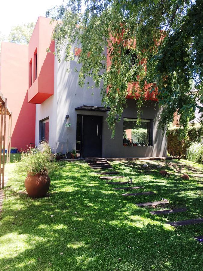 Foto Casa en Venta en Atahualpa 01, Moreno | Countries/B.Cerrado | Haras Maria Elena