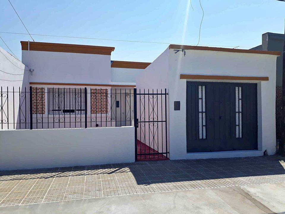 Foto Casa en Venta en  Ensenada,  Ensenada  Brasil e/ Quintana y Dr. Haramboure