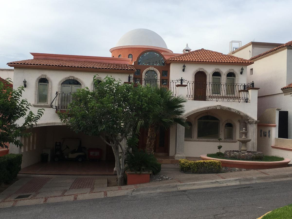 Foto Casa en Venta en  Residencial Country Club San Francisco,  Chihuahua  SAN FRANCISCO COUNTRY CLUB, FRENTE A CAMPO DE GOLF