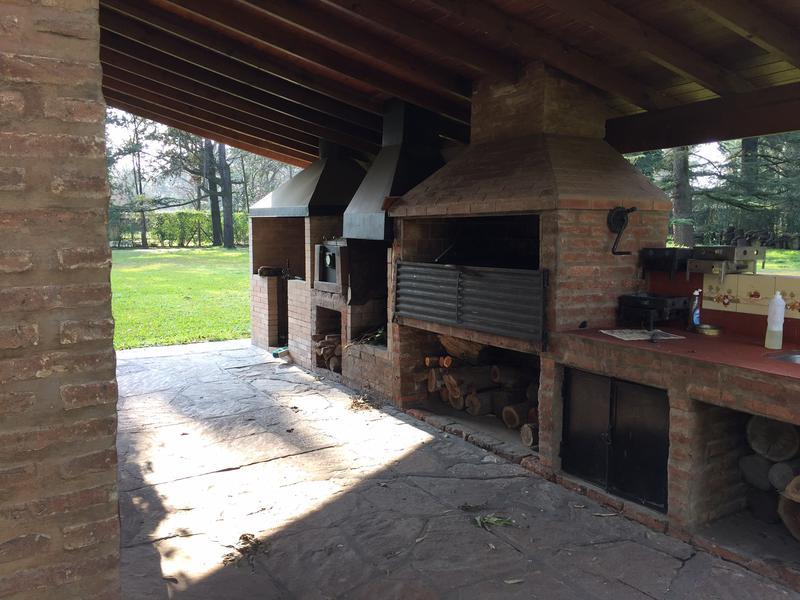Foto Casa en Venta en  Barrio Parque Leloir,  Ituzaingo  Del Recado al 3500