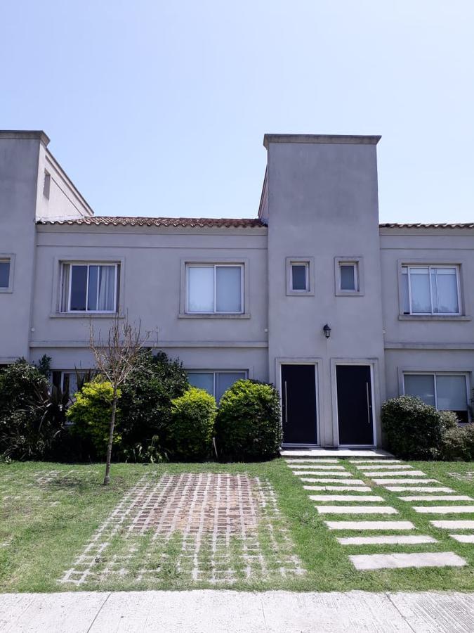 Foto Departamento en Venta en  Pilar ,  G.B.A. Zona Norte  MODERNO DUPLEX EN VENTA AMUEBLADO Y EQUIPADO BARRIO LA ANGELICA