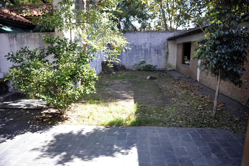 Foto Casa en Venta en  Lomas de Zamora Oeste,  Lomas De Zamora  GORRITI al 900