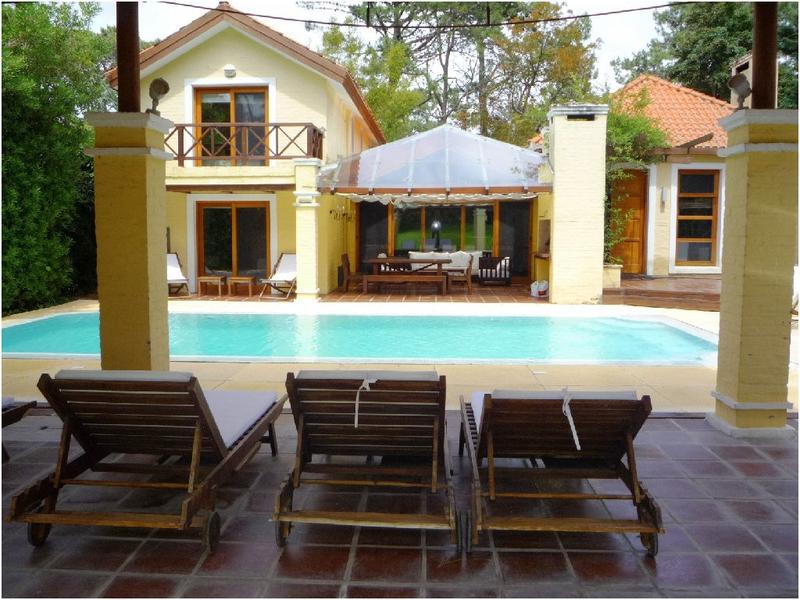 Foto Casa en Venta en  San Rafael,  Punta del Este  LOS ROBLES (C)