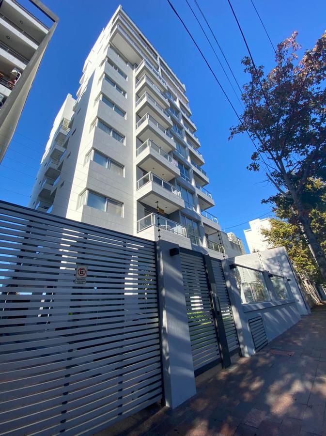 Foto Departamento en Venta en  Quilmes ,  G.B.A. Zona Sur  Matienzo al 100