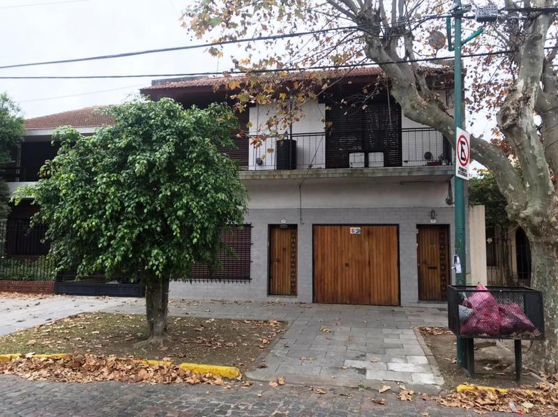 Foto PH en Venta en  Lomas de Zamora Oeste,  Lomas De Zamora  Alvear 666 PB B