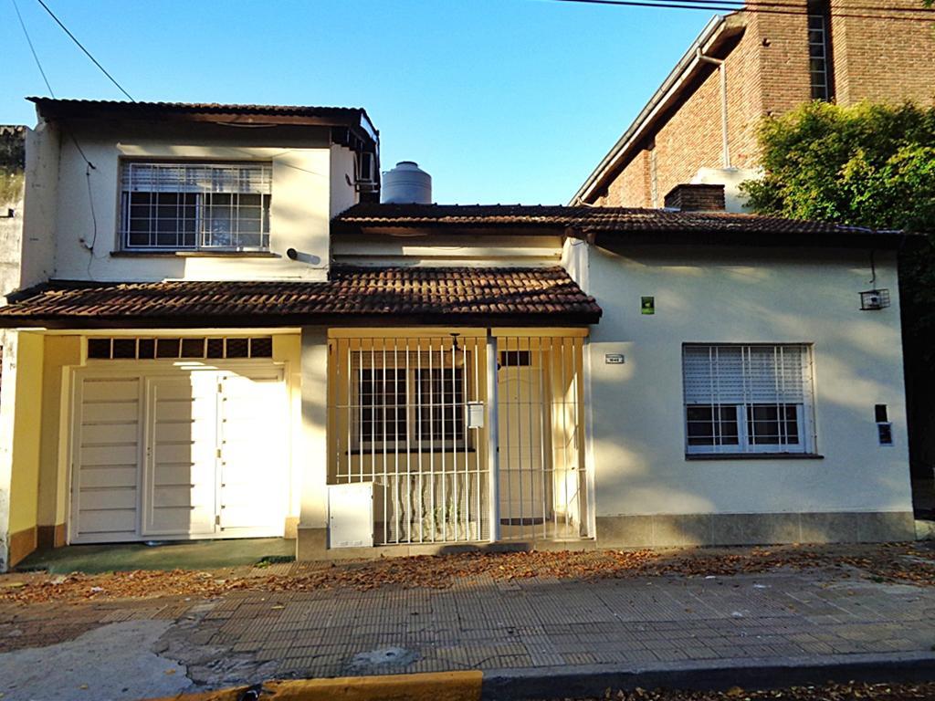 Foto Casa en Venta en  Villa Adelina,  San Isidro  Independencia al 1800