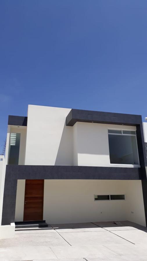 Foto Casa en Venta en  Villa Magna,  San Luis Potosí  ESTRENA CASA EN VILLA MAGNA CON EXCELENTES ACABADOS