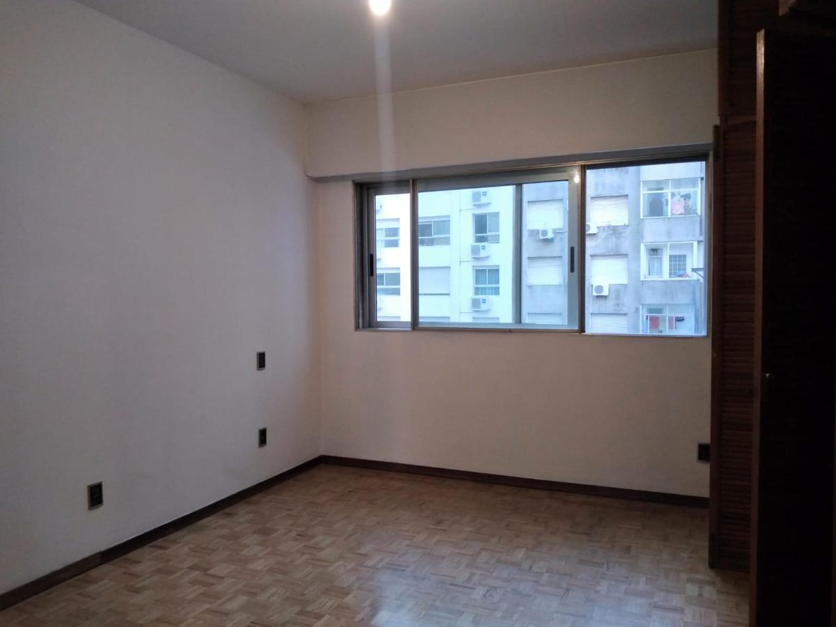 Foto Departamento en Venta en  Pocitos ,  Montevideo  Bv España proximo Rambla