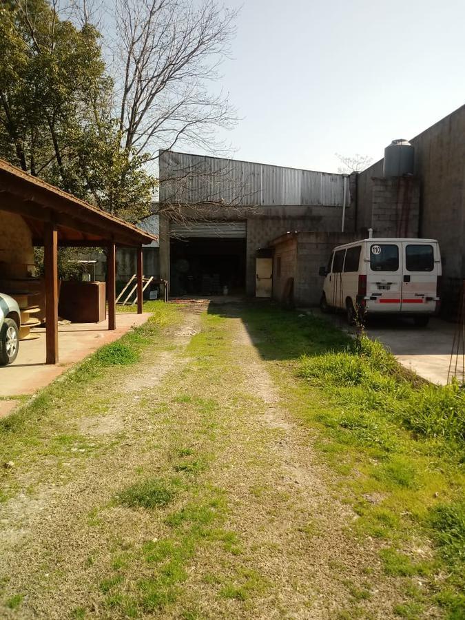 Foto Depósito en Venta en  Moreno ,  G.B.A. Zona Oeste  Sofocles al 2100