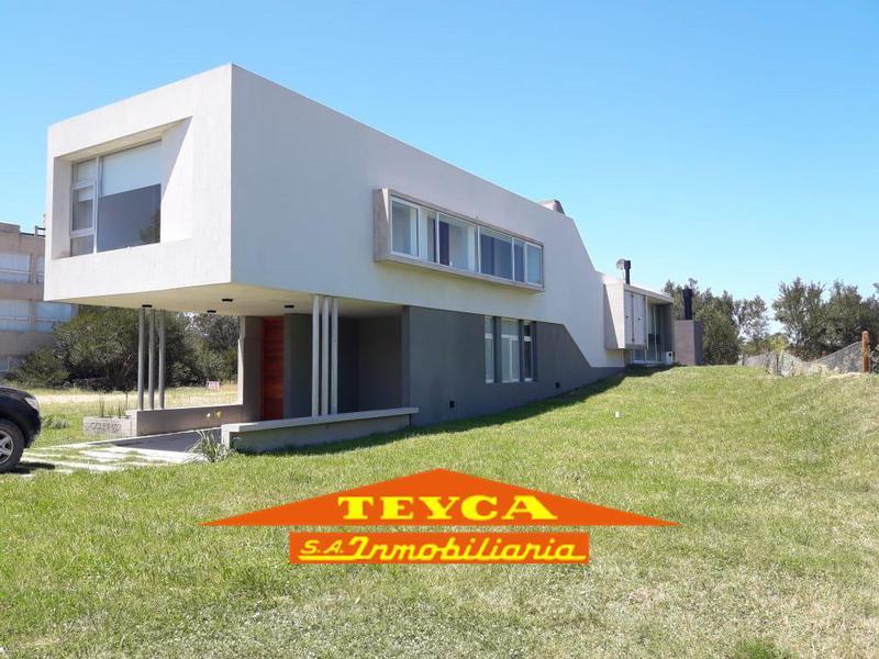 Foto Casa en Alquiler temporario en  Barrio Costa Esmeralda,  Pinamar  Golf II 609