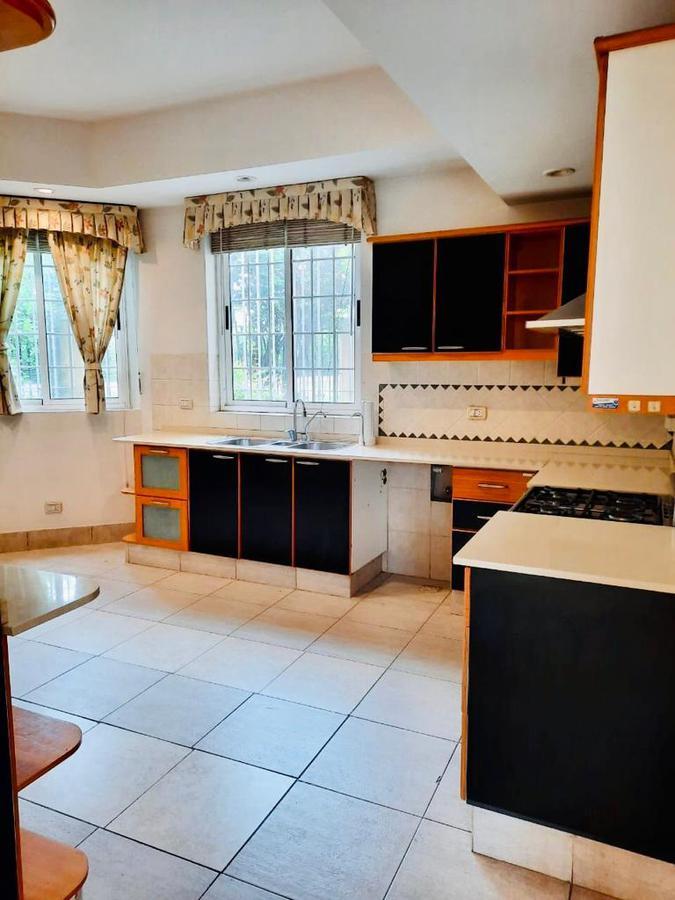 Foto Casa en Alquiler | Alquiler temporario en  Mart.-Vias/Libert.,  Martinez  Isidro Labrador al 1000