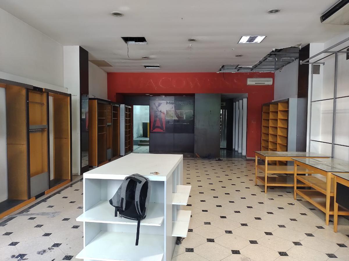 Foto Local en Alquiler en  Centro (Capital Federal) ,  Capital Federal  Callao al 200