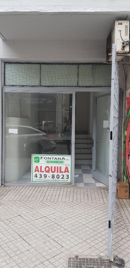 Foto Local en Alquiler en  Martin,  Rosario  San Lorenzo 863 00-02