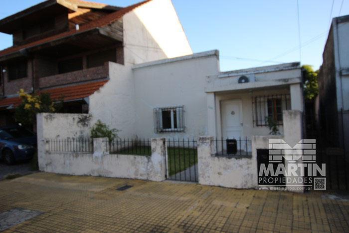 Foto Casa en Venta en  Mart.-Santa Fe/Fleming,  Martinez  NECOCHEA al 2200