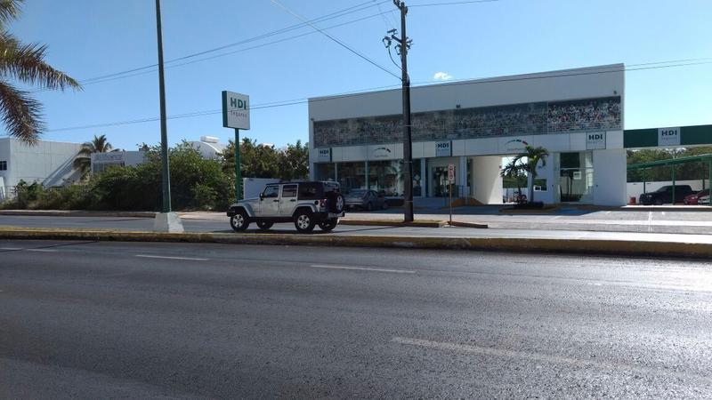 Foto Terreno en Venta en  Supermanzana,  Cancún  TERRENO EN VENTA  EN CANCUN SOBRE AVENIDA BONAMPAK