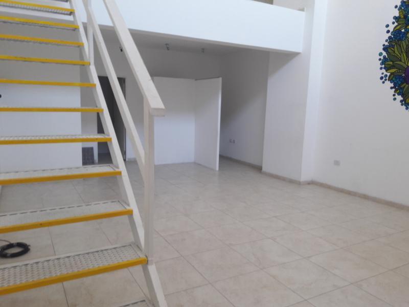 Foto Local en Alquiler en  San Miguel ,  G.B.A. Zona Norte  Delia al 700