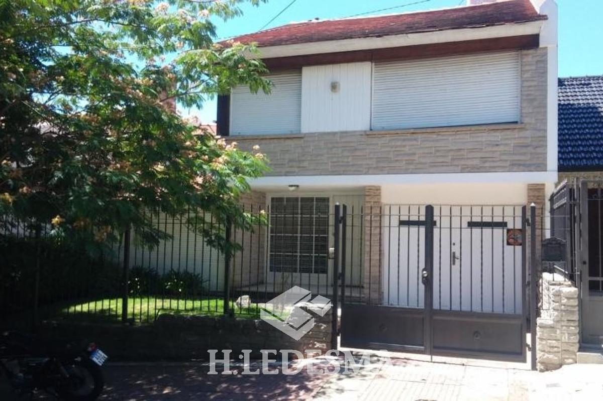Foto Casa en Venta en  Chauvin,  Mar Del Plata  ENTRE RIOS 3400