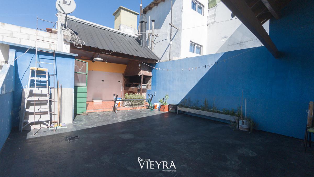 Foto Casa en Venta en  Velez Sarsfield ,  Capital Federal  GALLARDO al 300