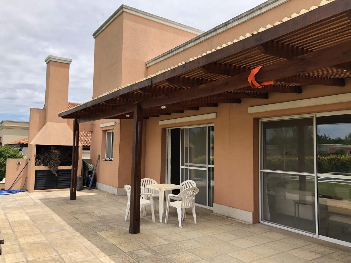 Foto Casa en Venta en  Los Cardales,  Exaltacion De La Cruz  Oportunidad Chacras de la Reserva hermosa casa 4 dorm