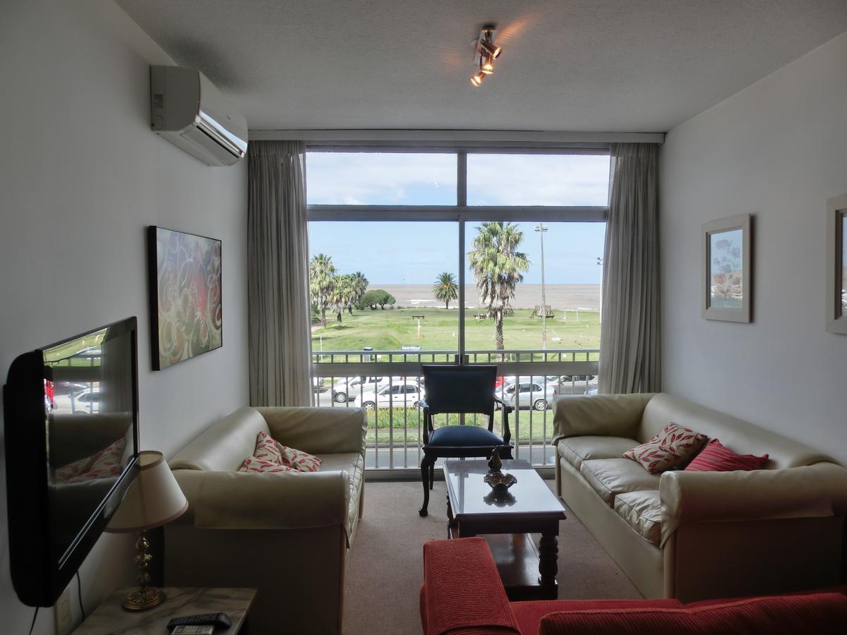 Foto Apartamento en Alquiler en  Punta Carretas ,  Montevideo  Montero al 3100