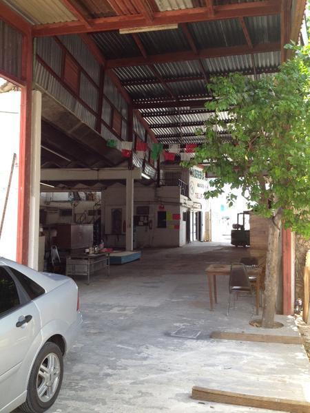 Foto Bodega Industrial en Venta en  Chuburna de Hidalgo,  Mérida  BODEGA CON AMPLIO TERRENO EN CHUBURNA