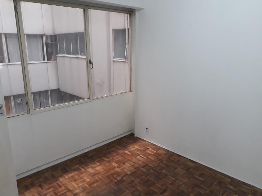 Foto Oficina en Venta en  Monserrat,  Centro (Capital Federal)  HIPOLITO YRIGOYEN 1400 2°
