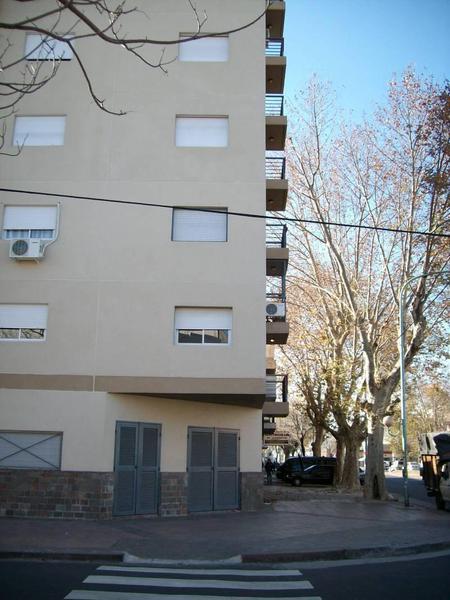 Foto Departamento en Venta en  Pompeya ,  Capital Federal  GUAL al 2392, 4° C