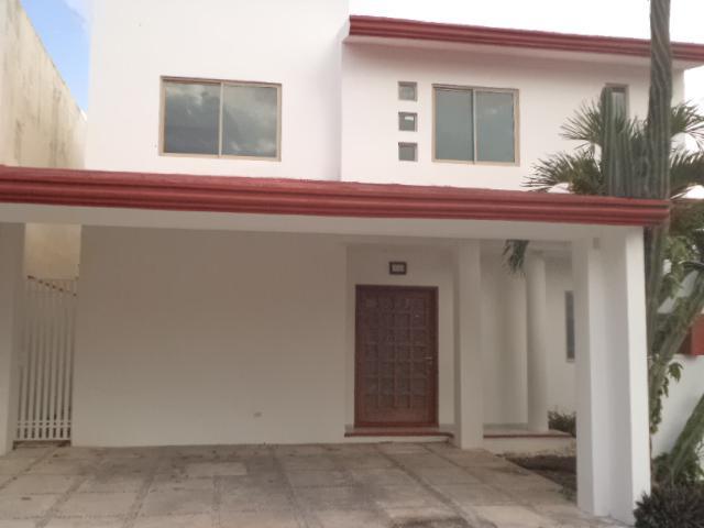Foto Casa en condominio en Renta en  Cancún Centro,  Cancún  RENTO HERMOSA CASA EN RESIDENCIAL SANTA FE