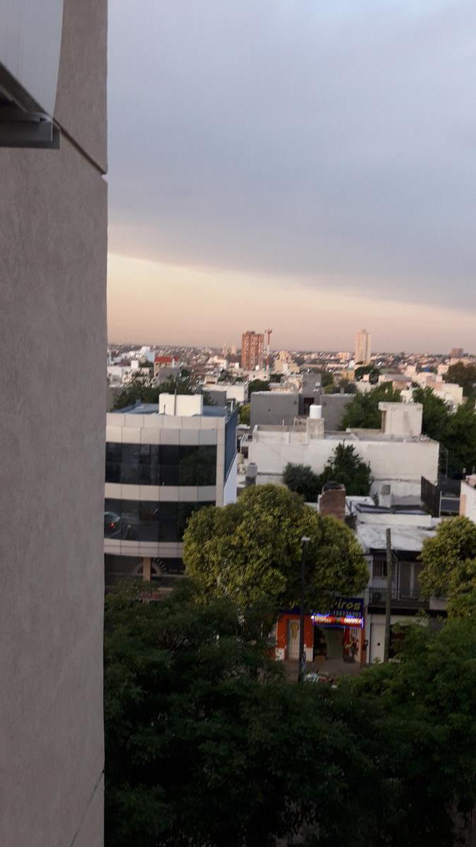 Foto Departamento en Venta en  Alberdi,  Cordoba  duarte quiros al 2000