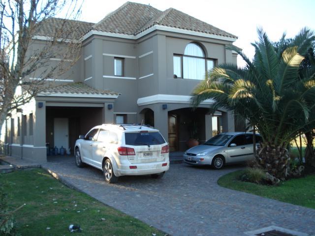 Foto Casa en Venta en  San Eliseo Golf & Country,  Countries/B.Cerrado  Casa en San Eliseo