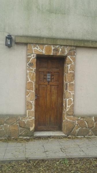 Foto Casa en Venta en  Tristan Suarez,  Ezeiza  MORENO  al 100