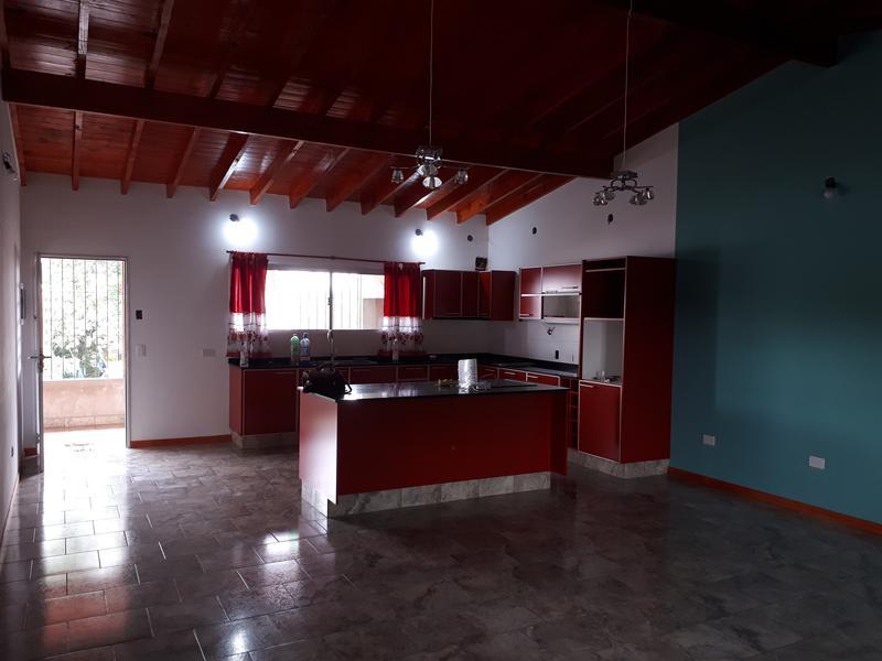 Foto Casa en Alquiler en  Lambare,  Ingeniero Maschwitz  Mocoreta al 500