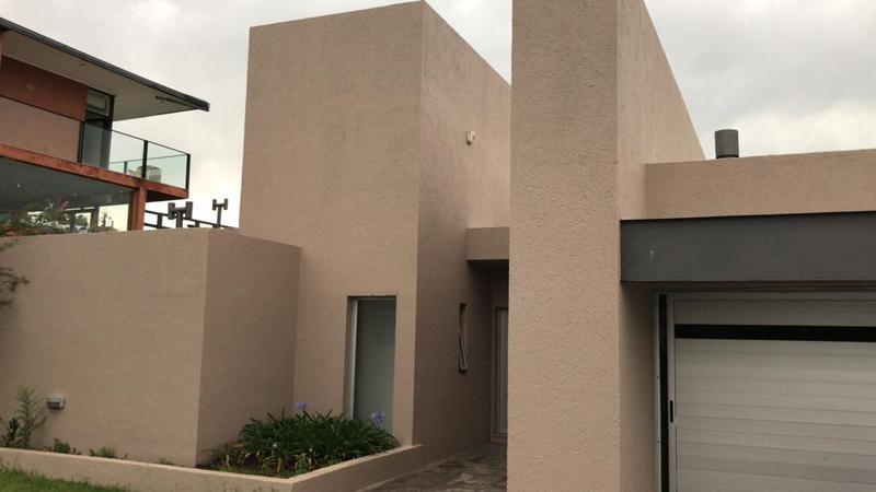Foto Casa en Alquiler en  La Rufina,  Countries/B.Cerrado (Cordoba)  La rufina Alquiler