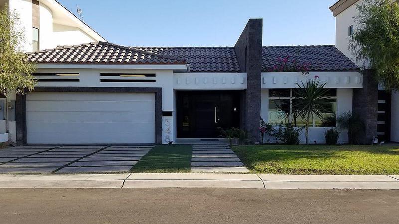 Foto Casa en Renta en  San Pedro Residencial,  Mexicali  San Pedro Residencial