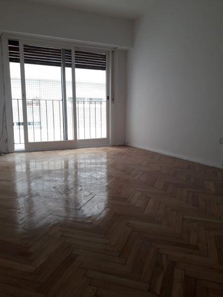 Foto Departamento en Venta en  Recoleta ,  Capital Federal  Parana 800