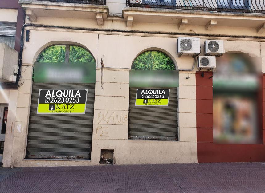 Foto Local en Alquiler en  Ciudad Vieja ,  Montevideo  Perez Castellano esq 25 de Mayo, frente 7 mts !!