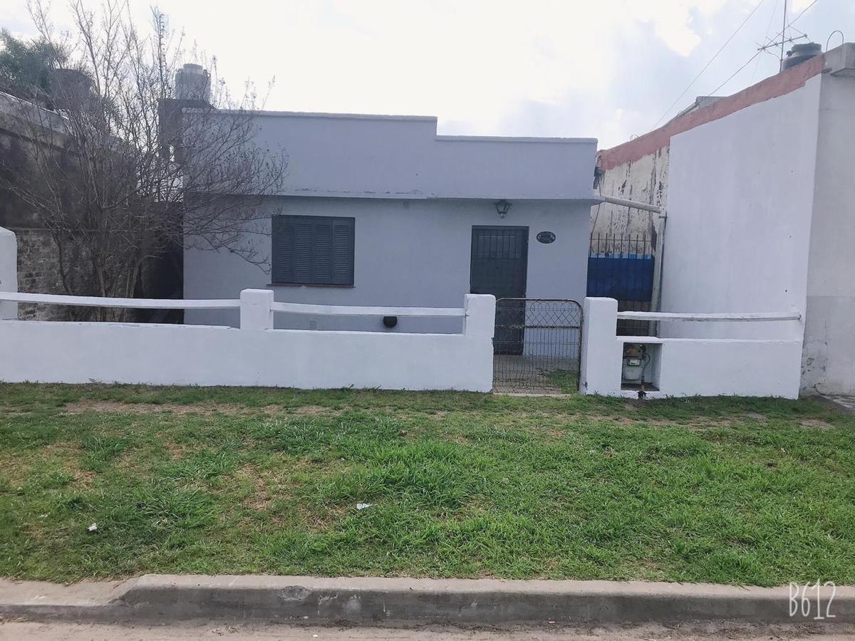 Foto Casa en Venta en  Jose Clemente Paz,  Jose Clemente Paz  Oribe al 1200