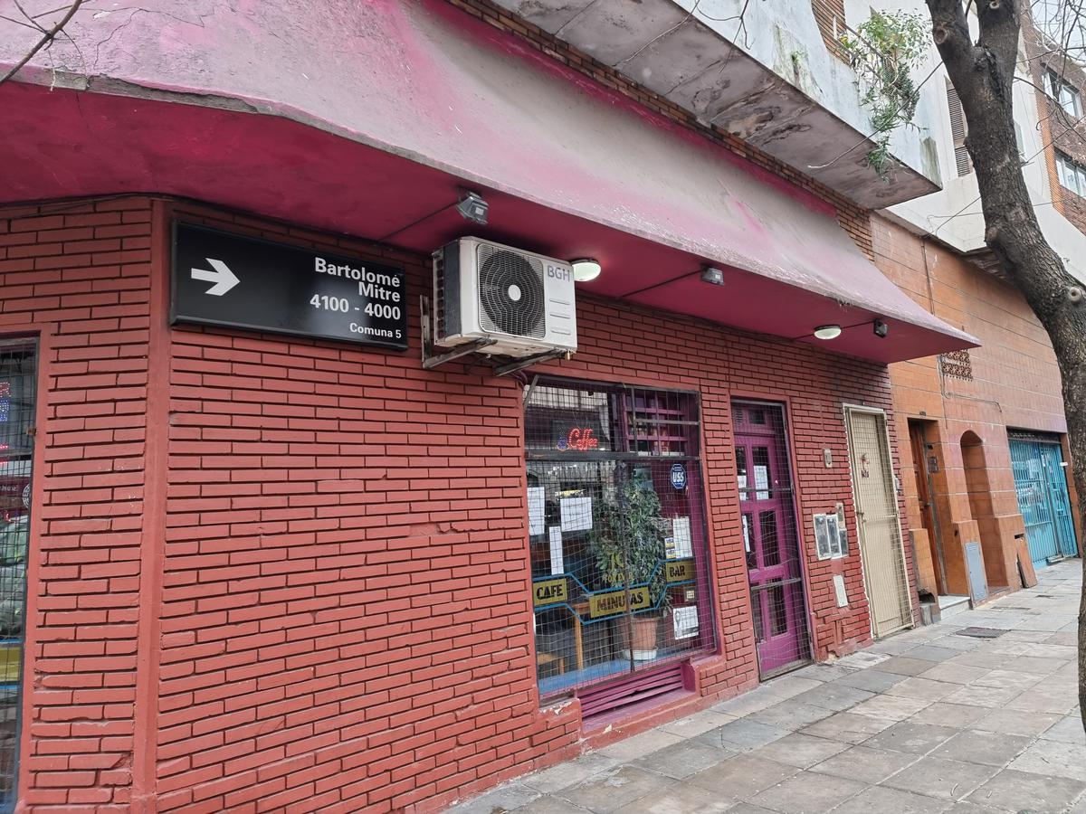 Foto Local en Venta en  Almagro ,  Capital Federal  Bartolome Mitre al 4100