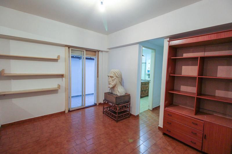 Foto Oficina en Venta en  Caballito ,  Capital Federal  Ramon Falcon al 1600