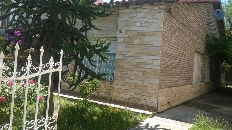 Foto Casa en Venta en  Villa Regina,  General Roca  CASA S/AVDA.LIBERTAD