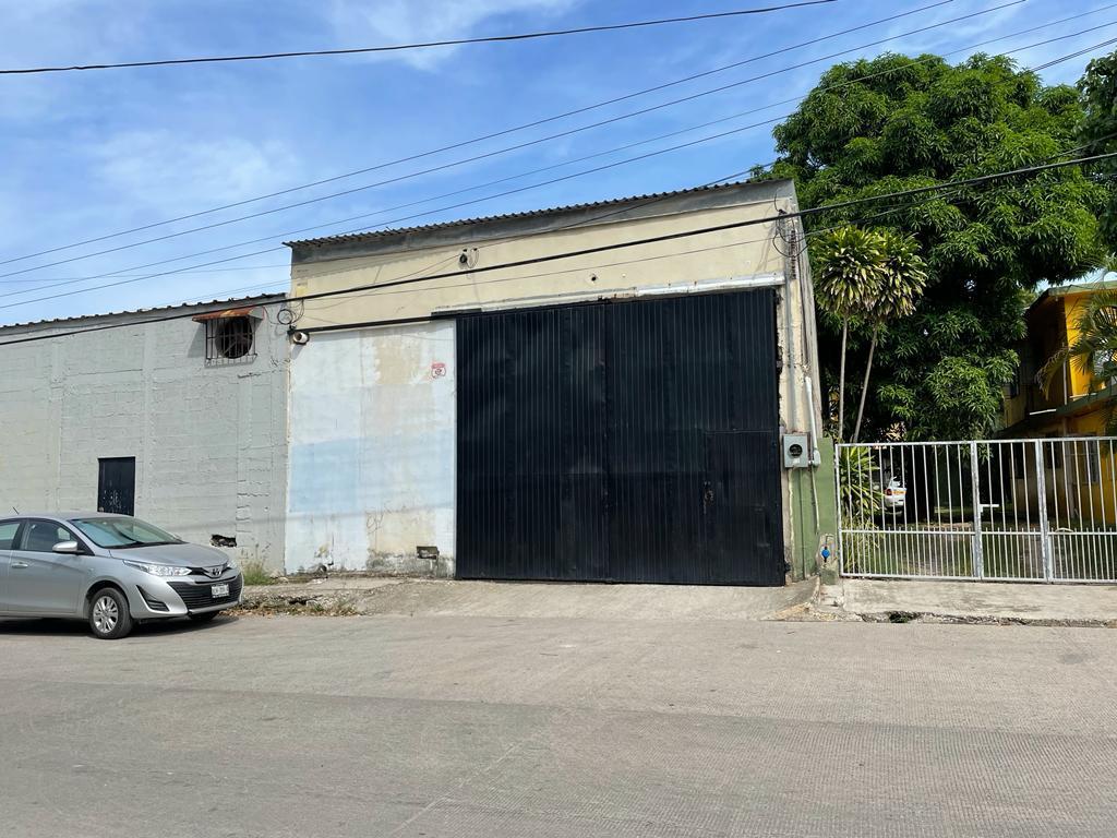 Foto Bodega Industrial en Renta en  Laguna de La Puerta,  Tampico  Bodega de 440 m2