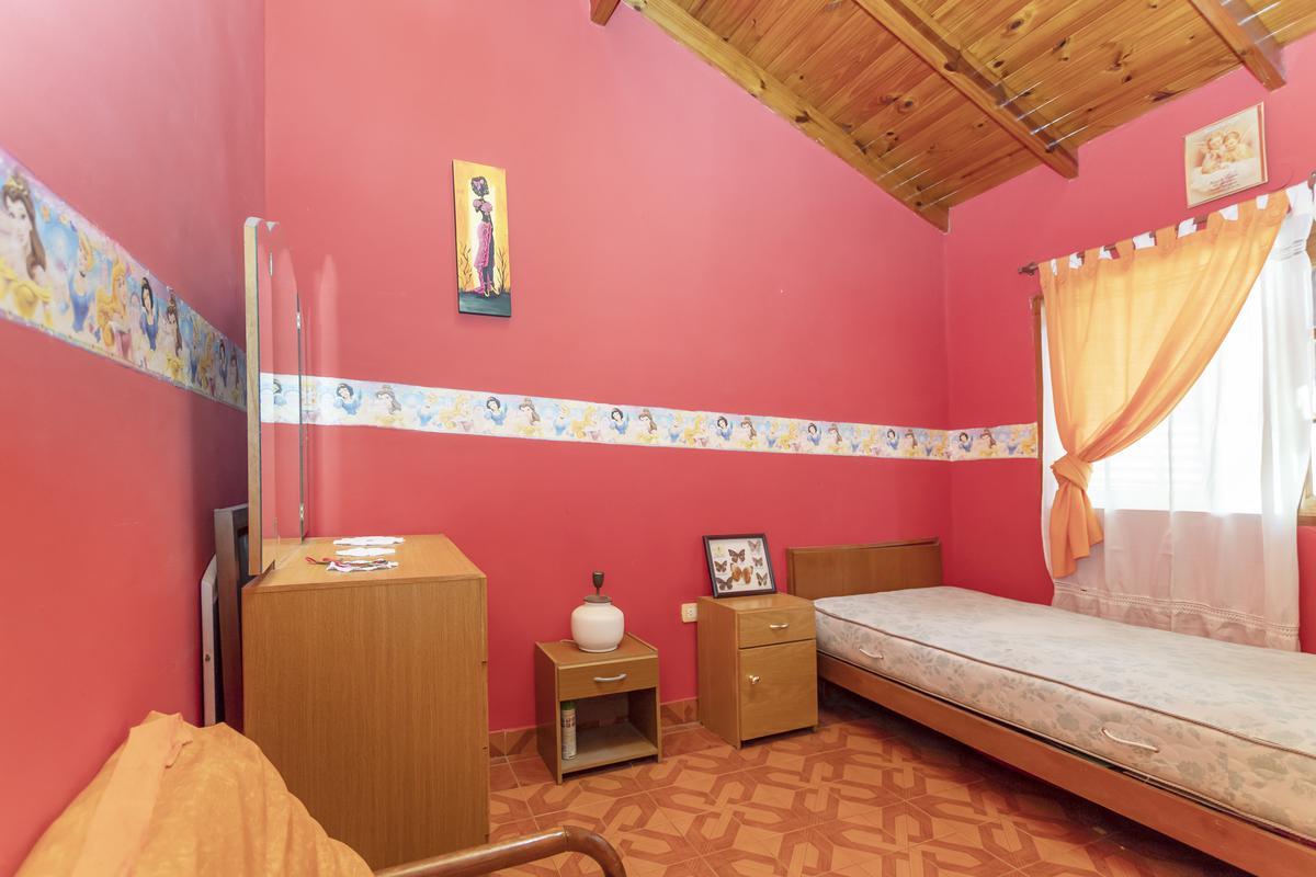 Foto Casa en Venta en  Valentin Alsina,  Lanús  Chile 1600