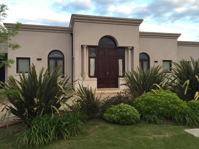 Foto Casa en Venta en  Arroyo Dulce,  Countries/B.Cerrado  Arroyo Dulce