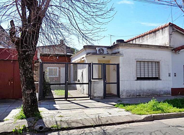 Foto Casa en Venta en  Carapachay,  Vicente Lopez  Cajaraville al 3200