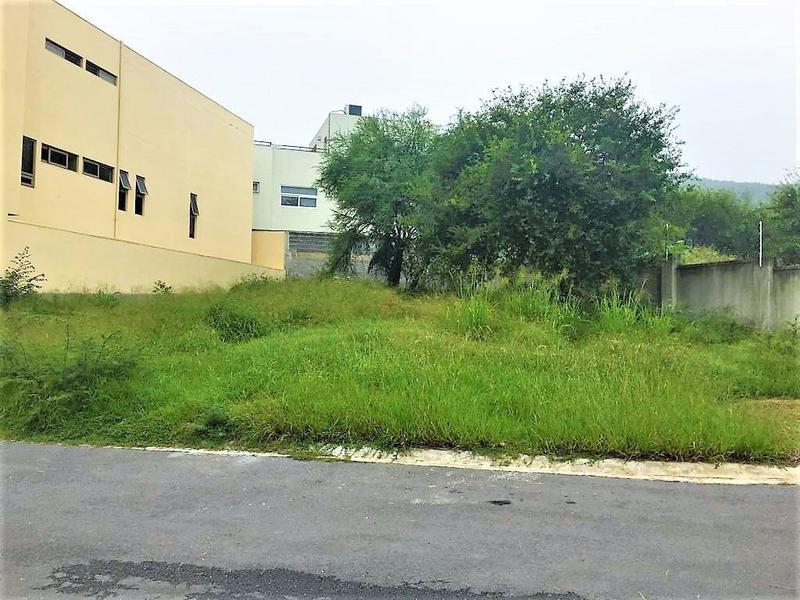 Foto Terreno en Venta en  Soria,  Monterrey  Terreno , Venta, Privada Soria, Zona sur, Carretera Nacional, Carolco