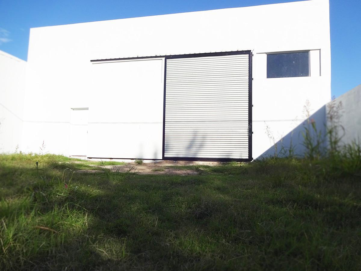 Foto Depósito en Alquiler en  General Pico,  Maraco  7 e/ 120 y 122