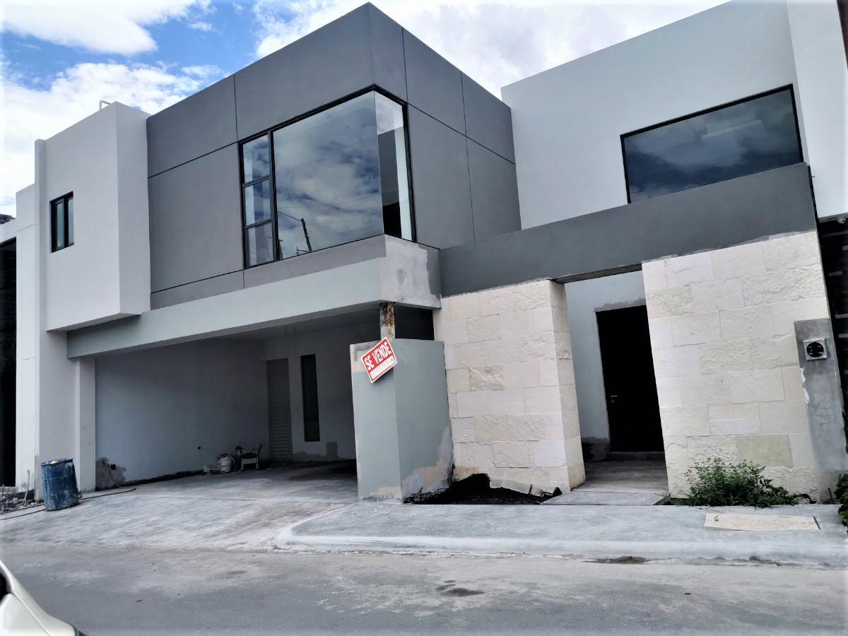 Foto Casa en Venta en  El Uro,  Monterrey  CASA VENTA LA JOYA  CARRETERA NACIONAL