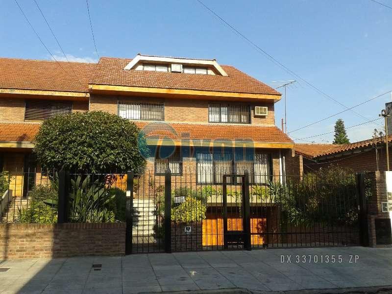 Foto Casa en Venta |  en  Martinez,  San Isidro  Saenz Valiente, B. 0