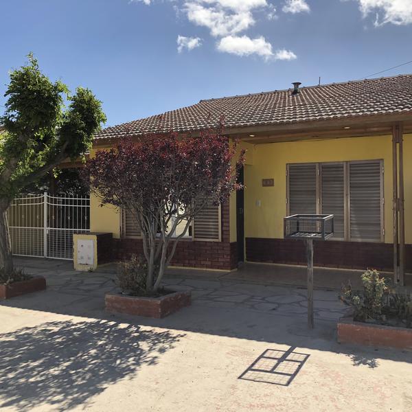 Foto Casa en Venta en  Puerto Madryn,  Biedma  RECONQUISTA 842