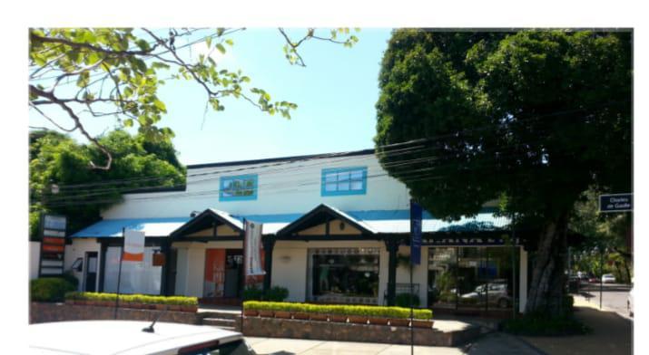 Foto Local en Alquiler en  Villa Morra,  La Recoleta  zona Shopping mcal López